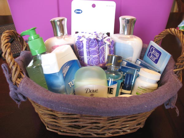 Wediquette and parties bathroom baskets for your party guests for Bathroom basket ideas for wedding