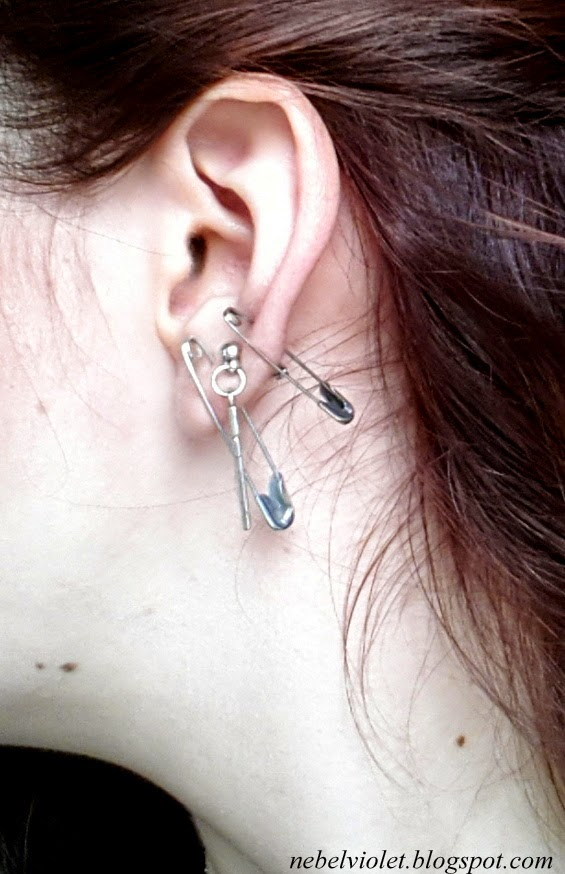 My Left And Right Ears The Pins Might Look Like They Are Pressing On Skin But Don T