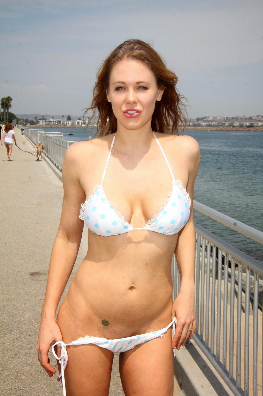 Aj Lee Bikini Images