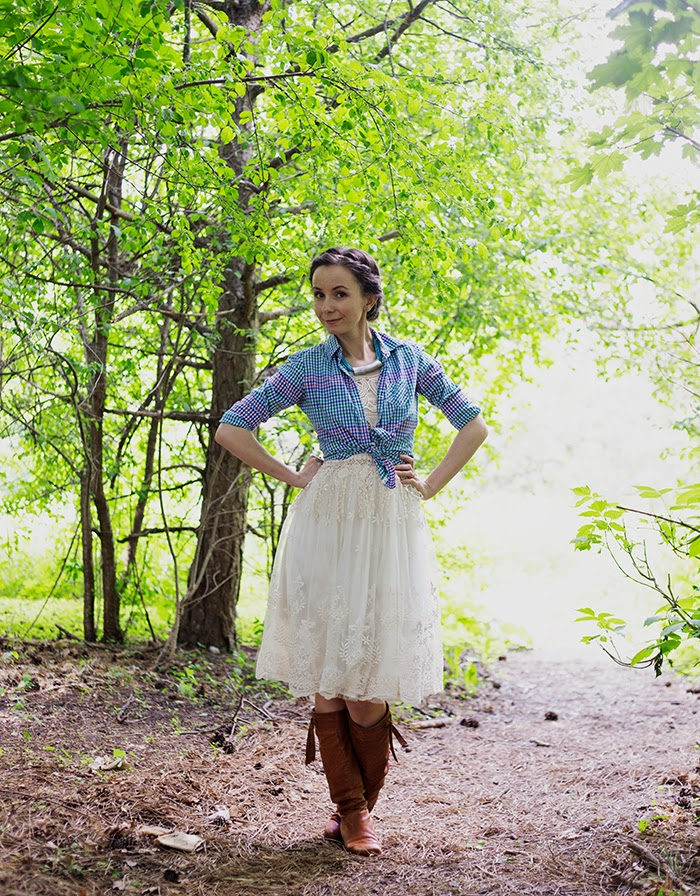 Lace-tutu-skirt-dress-plaid-shirt-vintage-boho-chic