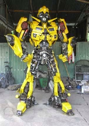 Replika Robot Transformers Mirip Aslinya Dari Thailand