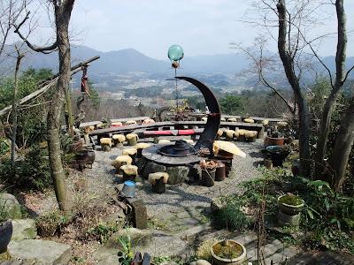 縄文村中庭