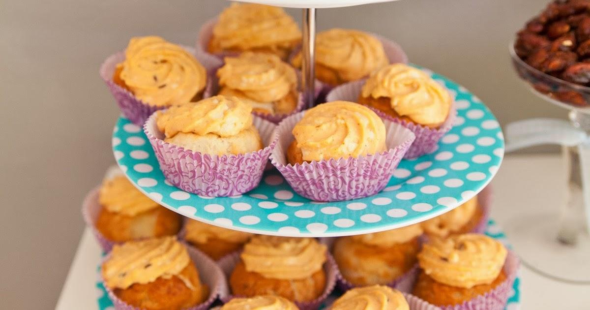 rezept f r bayrische brezn cupcakes mit obatzda creme. Black Bedroom Furniture Sets. Home Design Ideas