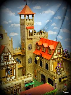 http://emma-j1066.blogspot.com/2014/11/the-castle-guard-house.html