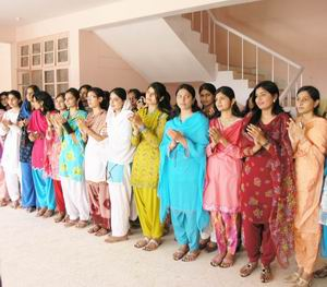 Islamia University Bahawalpur Girls http://iubstudents.blogspot.com/2011/09/boys-and-girls-hostels-islamia.html