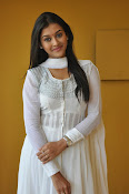 Pooja Jhaveri new Glam photo shoot-thumbnail-7
