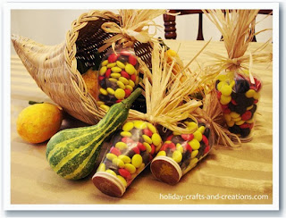 http://www.holiday-crafts-and-creations.com/thanksgiving-crafts-to-make.html
