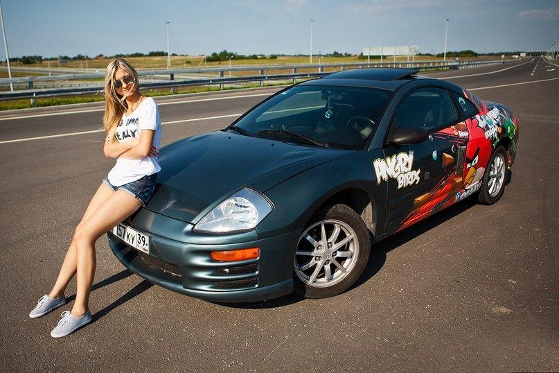 Mitsubishi Eclipse 3G, auto i dziewczyna, zdjęcia, galeria