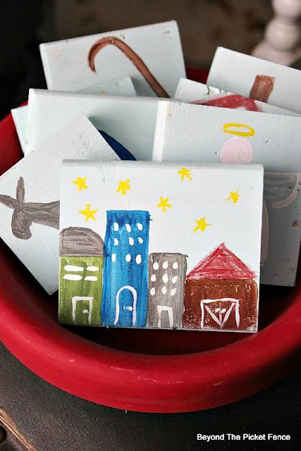 printable, pallets, Christmas ideas, kids gift idea, paint, scrap wood, DIY, Jesus, Nativity,http://bec4-beyondthepicketfence.blogspot.com/2015/11/12-days-of-christmas-day-3-christmas.html