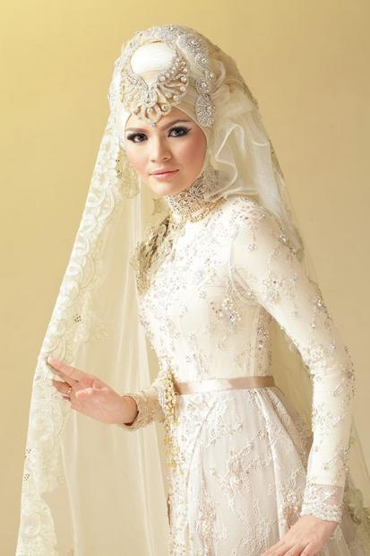 Model 5. Tips Memilih Bahan Hijab Modern untuk Pengantin image