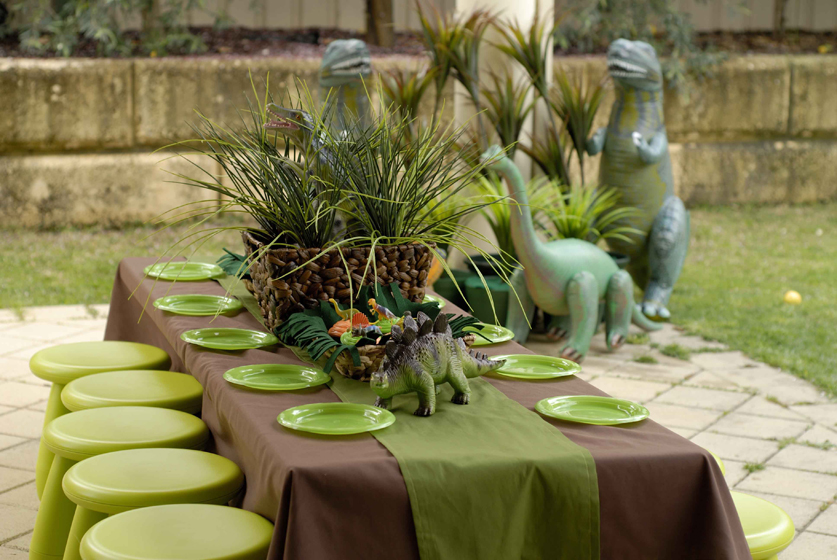 Fabulous Dinosaur Party Table 837 x 560 · 379 kB · jpeg