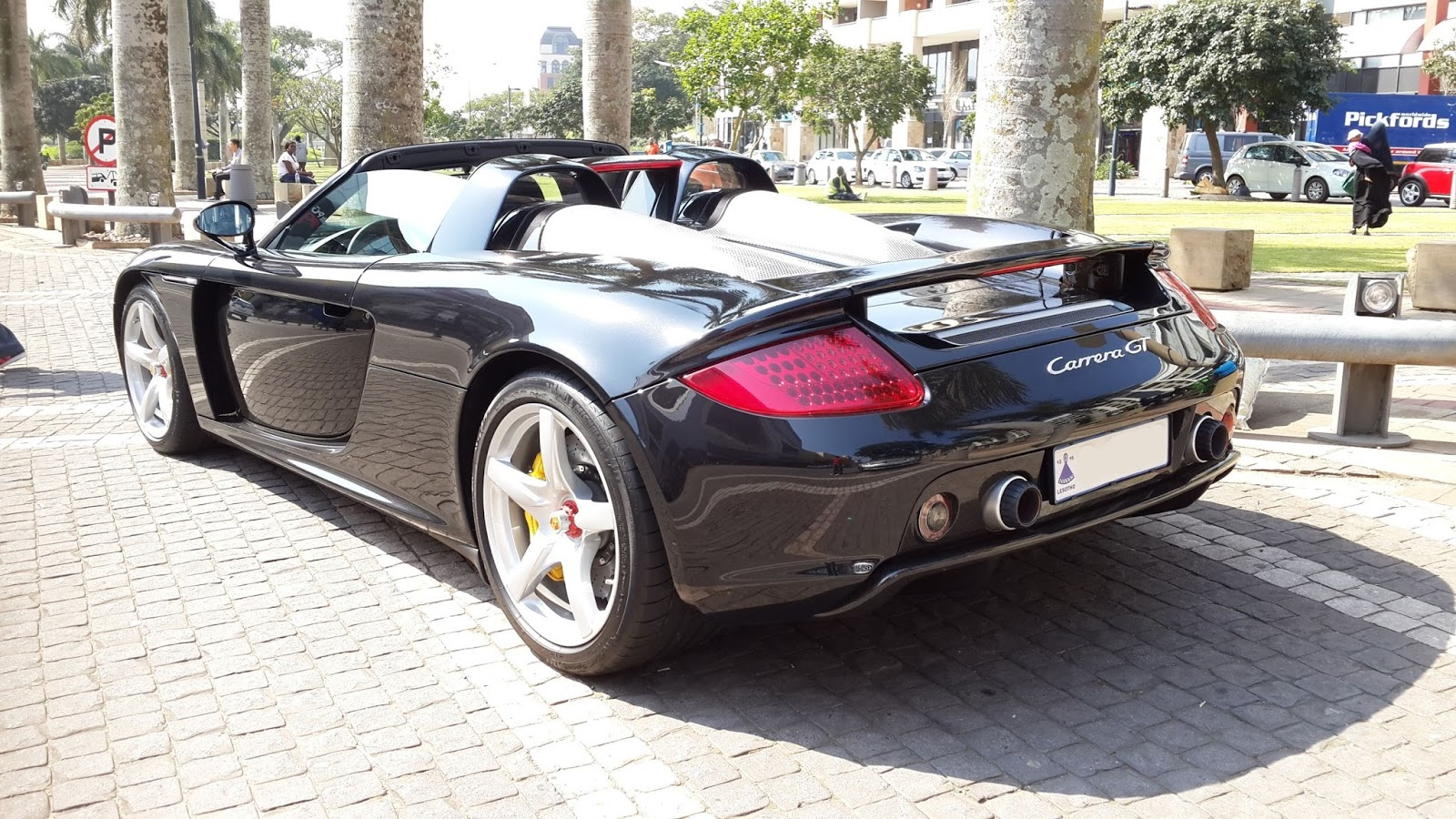 porsche carrera gt spotted in durban south africa. Black Bedroom Furniture Sets. Home Design Ideas