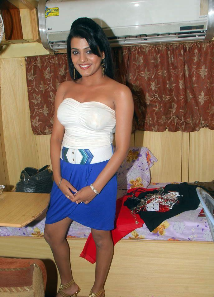 Tashu Kaushik Sizzles in Strapless Mini Skirt Stills