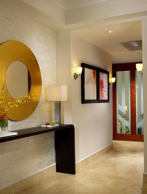 mueble moderno para una entrada moderna ntese el estilo del mueble los espejos y las lmparas