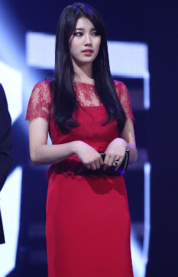 Suzy miss A Gorgeous Beauty in Red