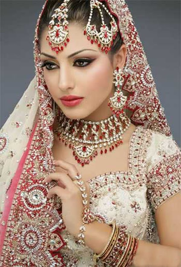 Indian Wedding Dresses for Bride