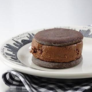 Pastel Helado de Chocolate y Malvaviscos