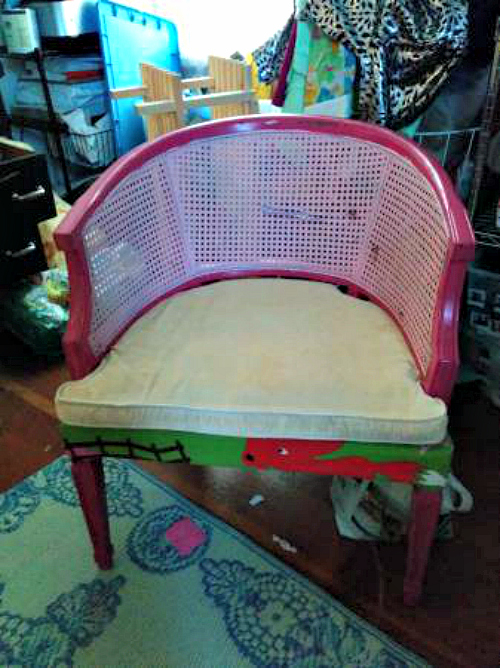 Barrel Cane Chair Makeover. You have to see this before and after!