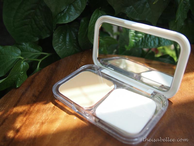 Maybelline White Superfresh Long Lasting UV Cake Powder Review