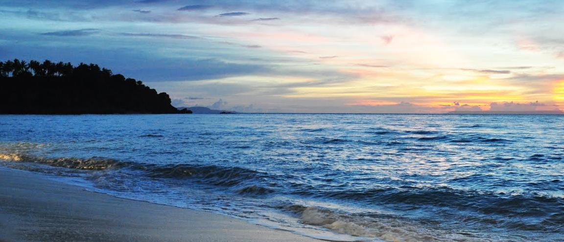 Tempat Wisata di Lombok Pantai Senggigi