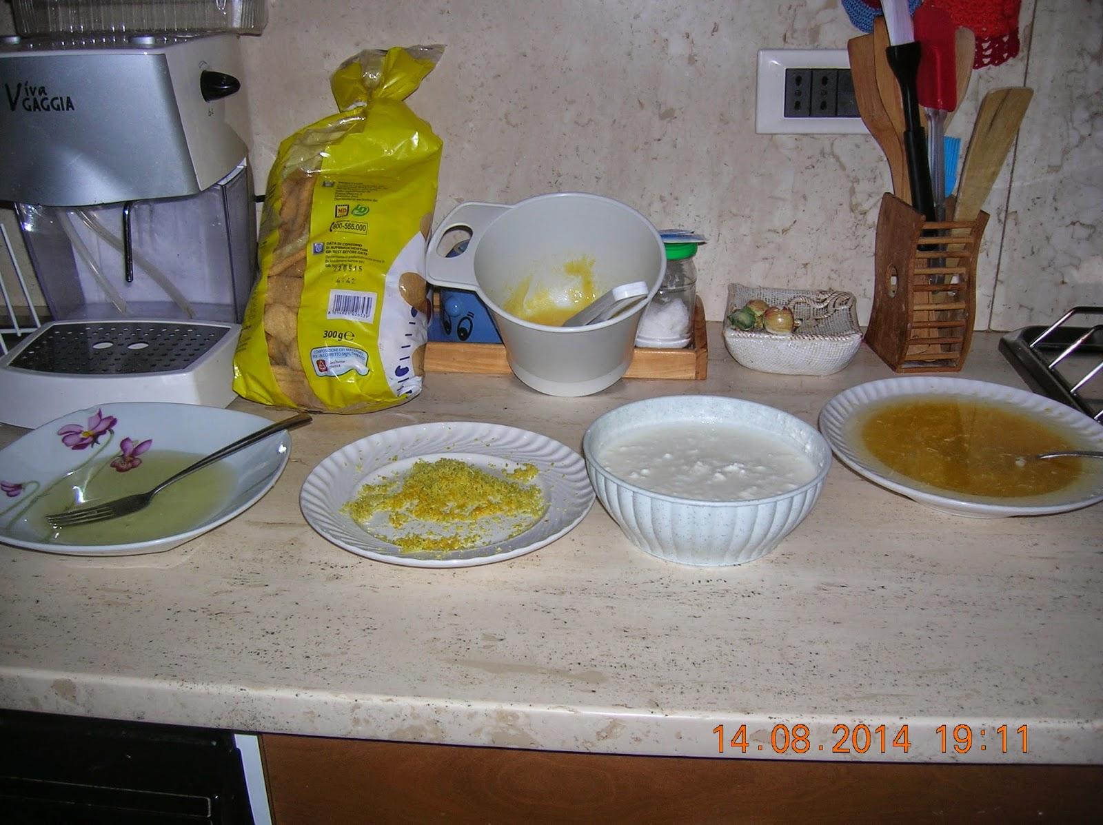 tiramisu' con ricotta e yogurth - pesche farcite - torta di mele  della nonna a modo mio