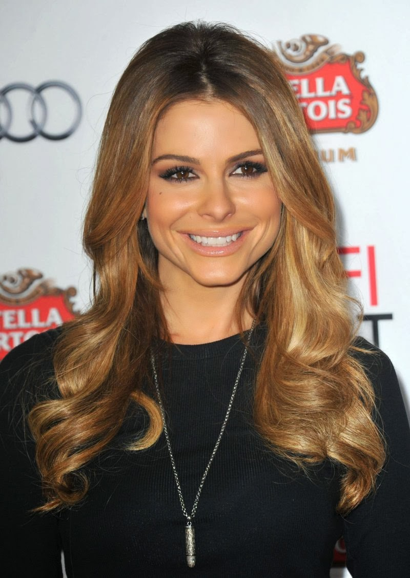 "Maria Menounos Gorgeous Pictures at ""Lone Survivor"" Premiere"