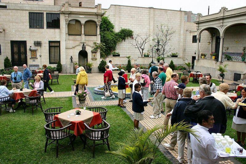 Antigua casa garc a alvarado en miraflores lima per for Jardin spanish