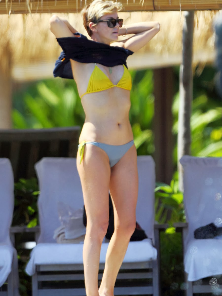 Charlize Theron Bikinis in Hawaii