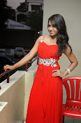 Shrutija glam pics in red-thumbnail-14