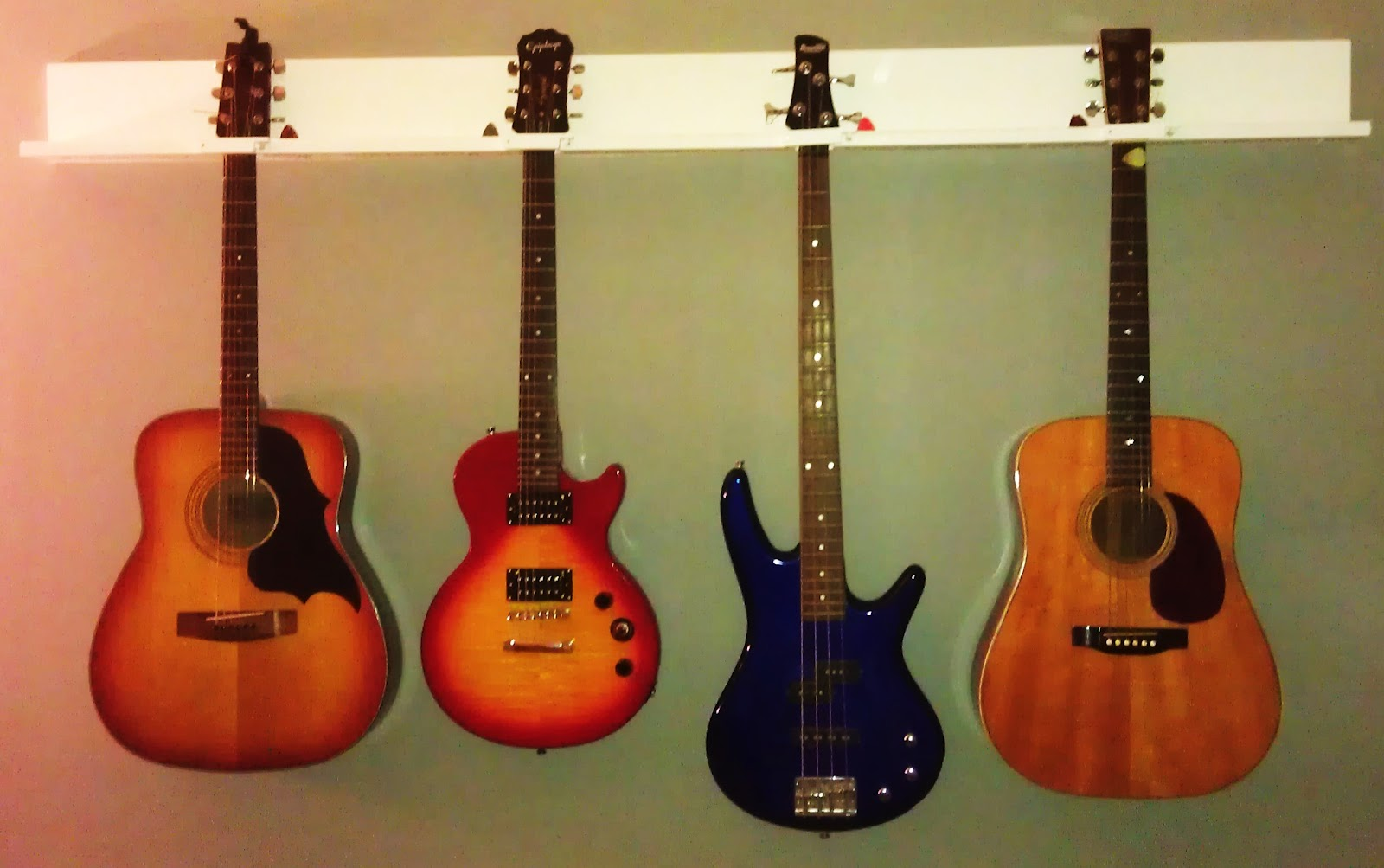 Diy 4 Guitar Wall Hanger Cost 15ish Featured As An
