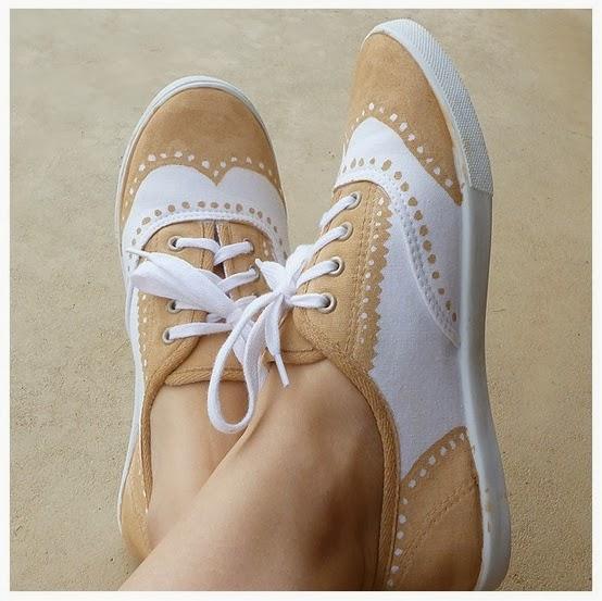 Cara membuat kerajinan tangan dari bahan bekas sepatu lukis unik :