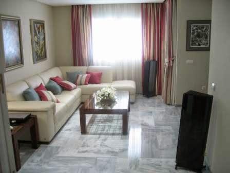 Decora hogar decoraci n de salas peque as y simples - Entradas modernas decoracion ...