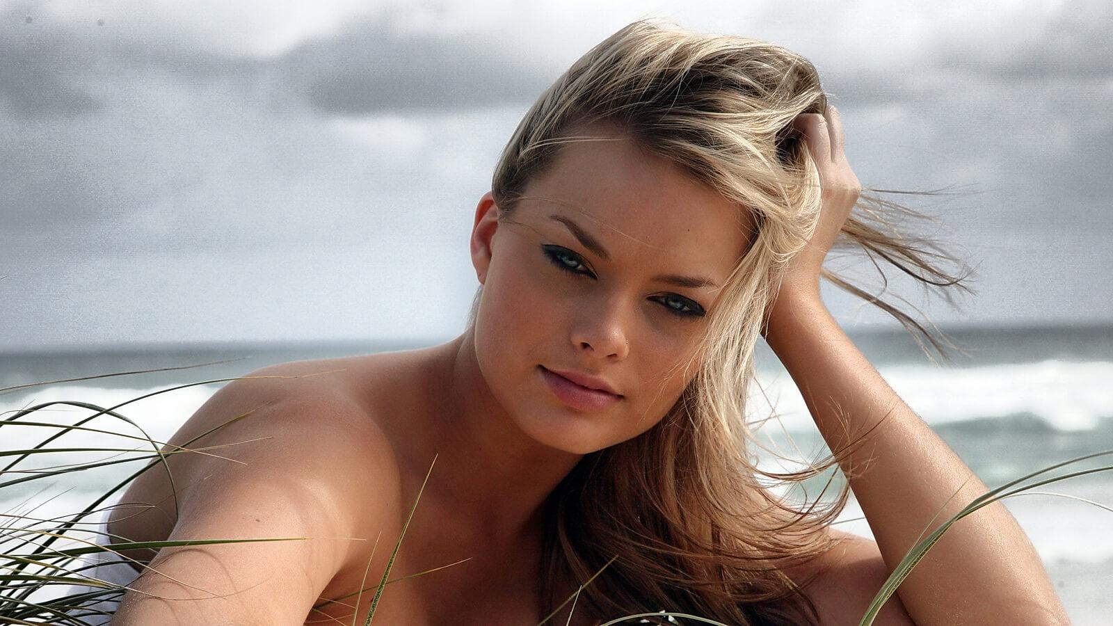 Lsa mujer mas linda foto desnuda