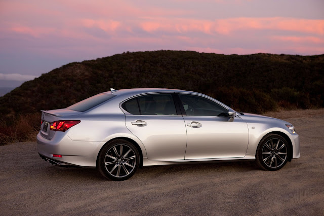 Side view of 2015 Lexus GS 350 F SPORT