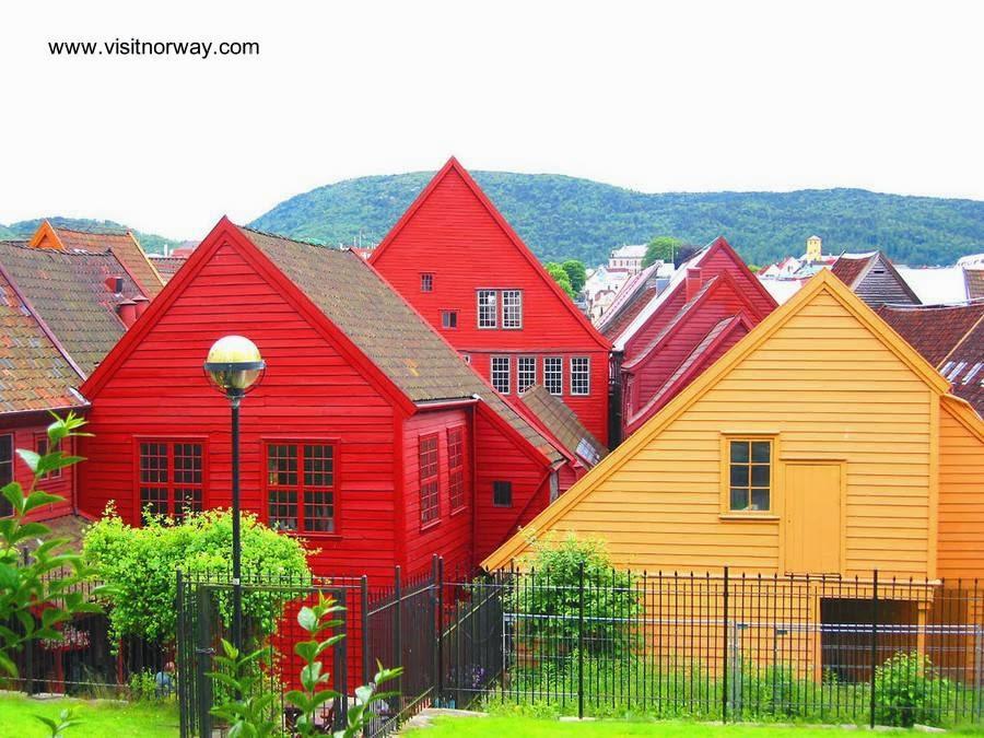 arquitectura de casas casas de madera coloridas