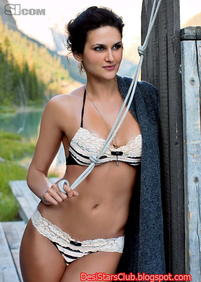 Leryn Franco - Hot Photos - GotCeleb