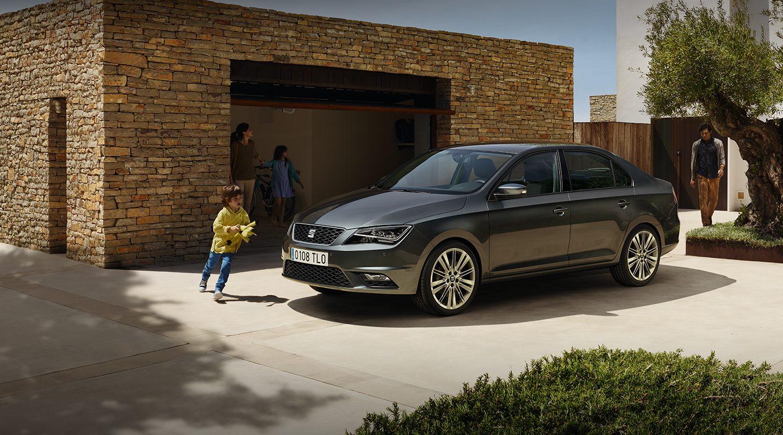 Seat Toledo - Chiếc Sedan hạng nhỏ có mức tiêu hao nhiên liệu chỉ 3,4 lít/100km.