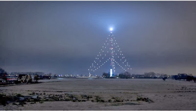 http://www.nieuws.nl/algemeen/20131119/Zendmast-IJsselstein-weer-opgetuigd-als-kerstboom