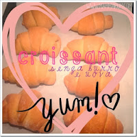 http://www.mammarum.com/2013/12/croissant-senza-burro-e-uova.html