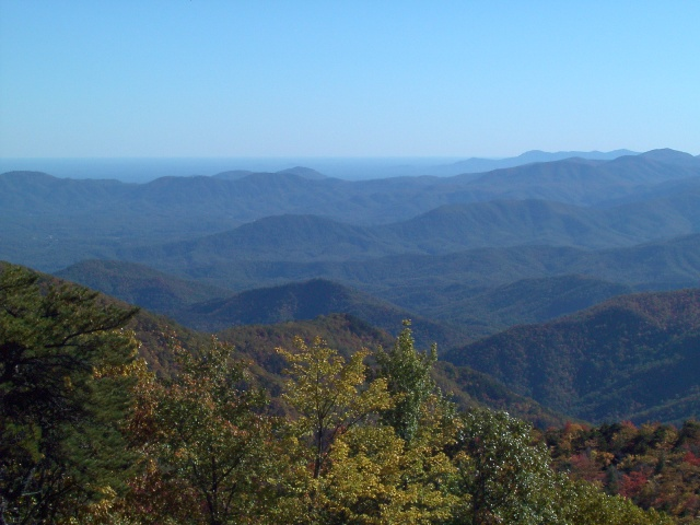 Nc mountain news last minute charitable deductions to for Cabine sospese di rock state park nc