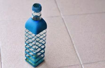 C mo hacer una maceta con una botella de vidrio usada - Como pintar botellas de plastico ...