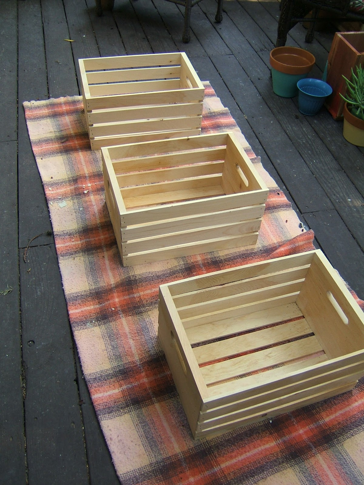 Line 39 em up now the aging process that i 39 ll walk you for How to make a coffee table out of crates