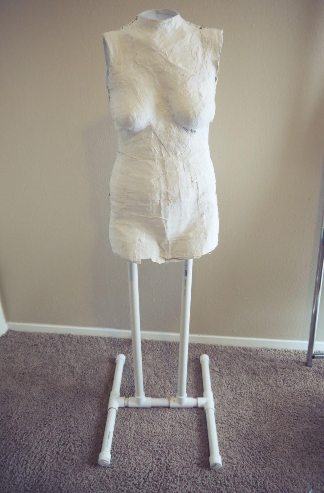 Katastrophic diy dress form tutorial part 2 building the for Styrofoam forms