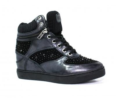 scarpe con sconti eccezionali su youngshoessalerno.it