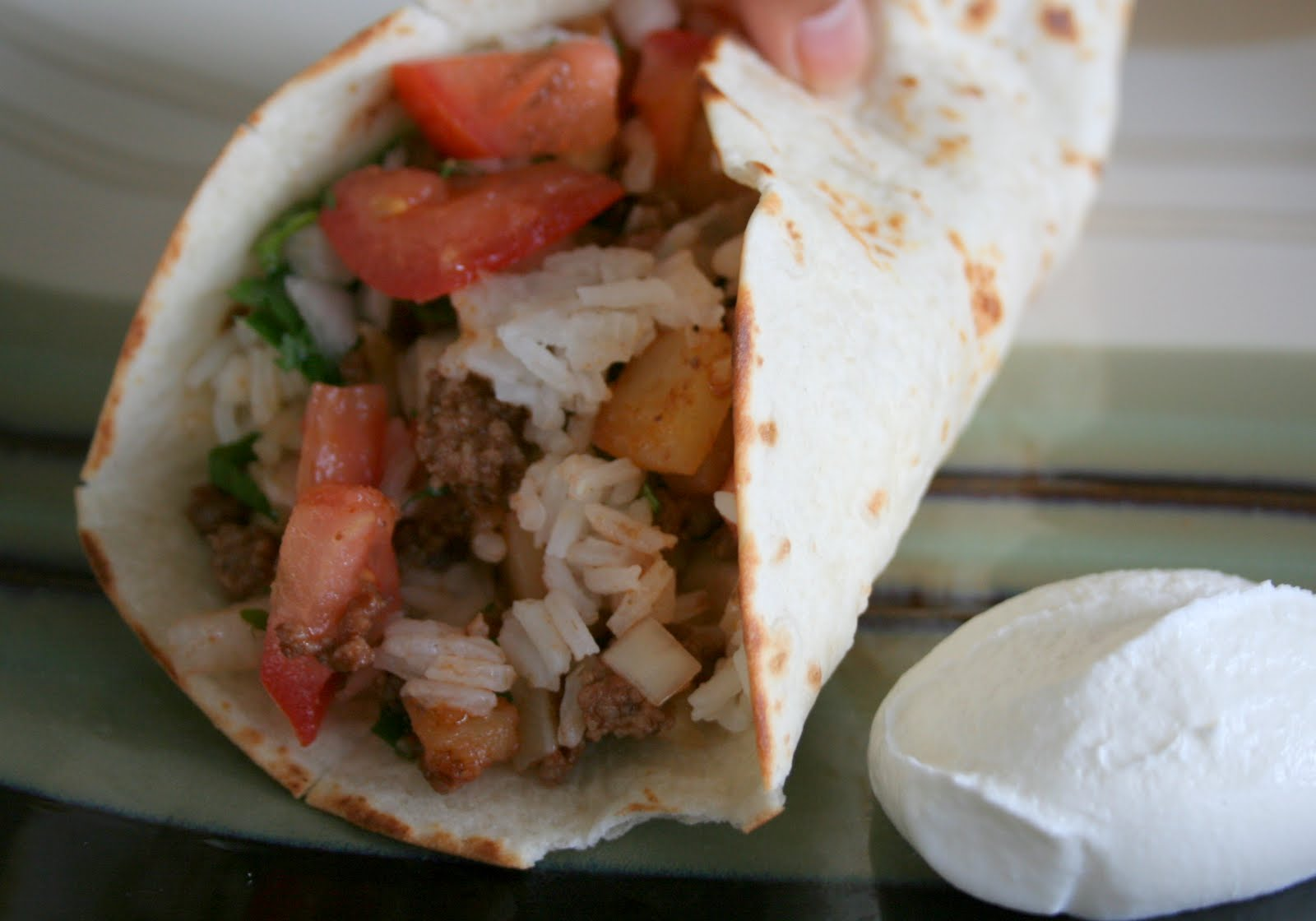 how to make homemade burritos with ground beef