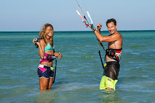 Bruno and Charlotte filming kitesurfing tricks