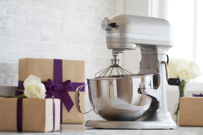 Create your dream kitchen with sur la table belle the for Not registering for wedding