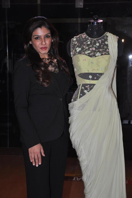 Raveena unveils Sonaakshi Raaj's couture line 'From Eden With Love'