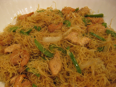 Singapore Mei Fun (Curry Noodles)