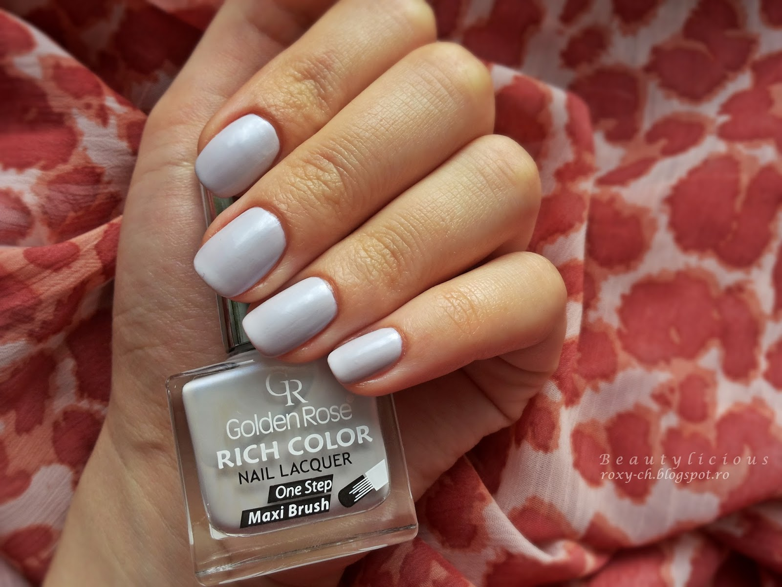 The Formula Is Fluid And Easy To Apply It Needs Two Coats For Full Coverage Whats Special About This Nail Polish That Has Purple Blue Reflexions